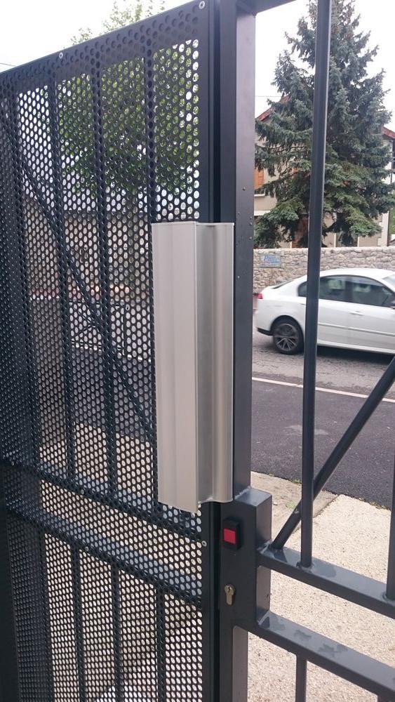 Installation de contrôle d'accès pour parking en Isère