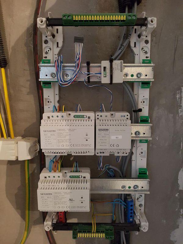 Tableau électrique pour système interphonie