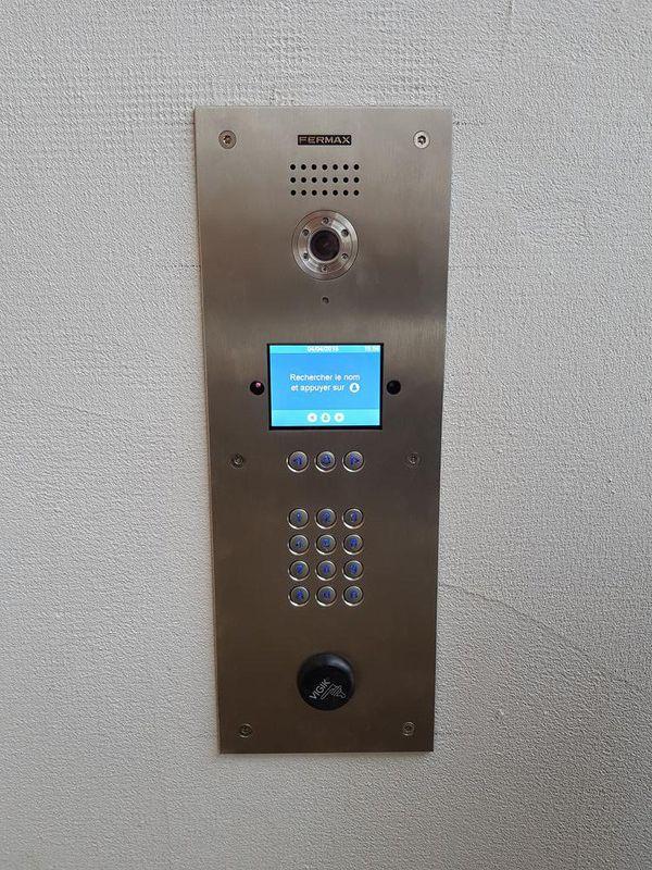 Installation d'interphone en Isère